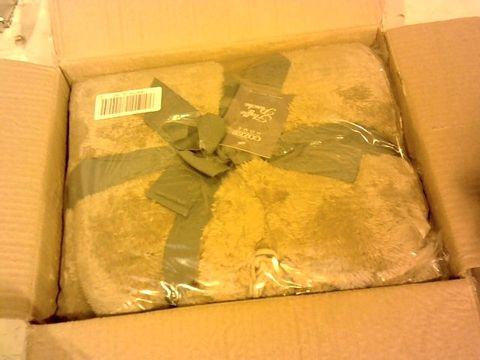 Lot 1073 COZEE HOME FLUFFY PONCHO IN TAUPE