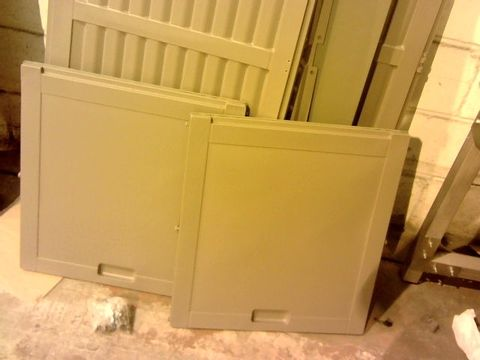 Lot 11050 490L GREY STORAGE BOX