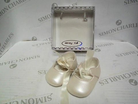 Lot 1061 MAYORAL NEWBORN BABY SHOES