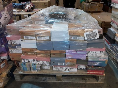Lot 4009 PALLET OF APPROXIMATELY 100 PAIRS OF ASSORTED SHOES TO INCLUDE: