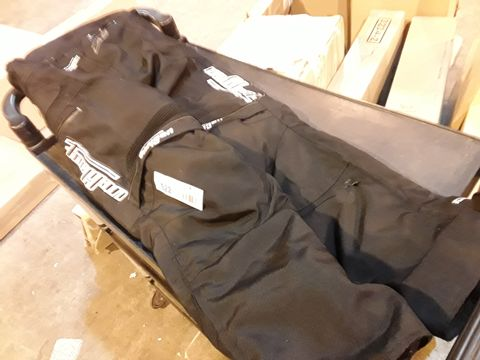 Lot 522 FURYGAN BLACK MOTOCROSS TROUSERS WITH REMOVABLE INNER LINING SIZE M 38-40