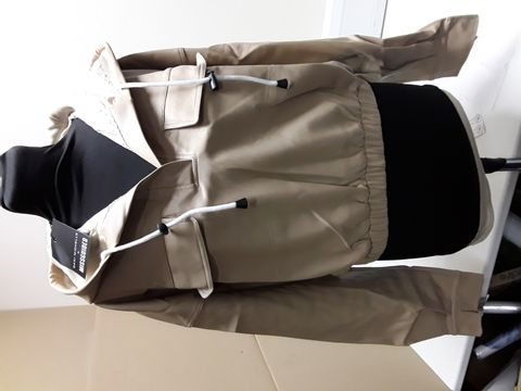 Lot 2095 DESIGNER MISGUIDED PREMIUM FAUX BEIGE LEATHER HOODED CROPPED HOODY SIZE UK 12