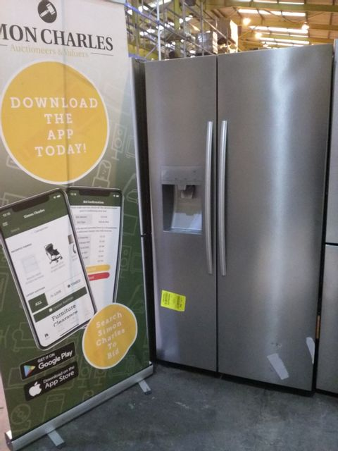 Lot 5003 HISENSES STAINLESS STEEL AMERICAN STYLE FRIDGE FREEZER WITH WATER DISPENSER
