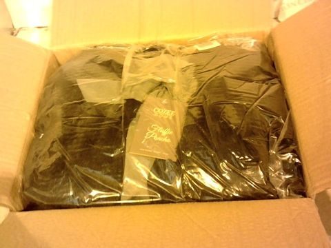 Lot 1075 COZEE HOME FLUFFY PONCHO IN BLACK