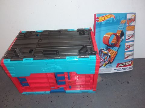 Lot 1140 HOT WHEELS ACTION RACE CRATE