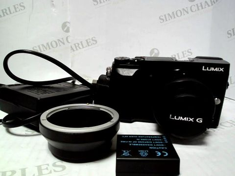 Lot 220 PANASONIC LUMJIX G DMC-GX80