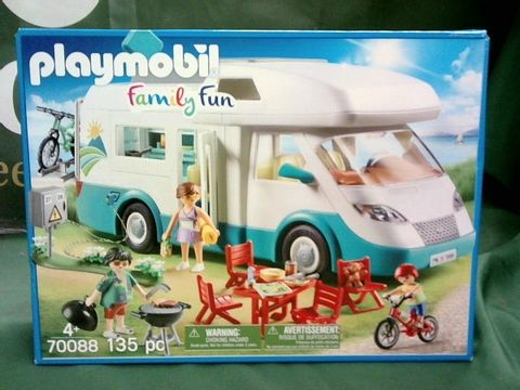 Lot 1016 PLAYMOBIL FAMILY FUN