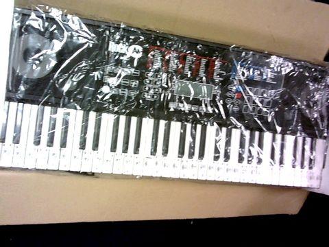 Lot 1025 ROCKJAM RJ761-SK KEY ELECTRONIC INTERACTIVE TEACHING PIANO KEYBOARD