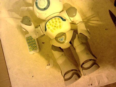 Lot 12847 LEXIBOOK POWERMAN MAX INTERACTIVE ROBOT