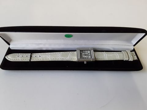 Lot 9248 CENSI COLLECTION SQUARE BODIED WATCH WITH PATTERND LEATHER STRAP