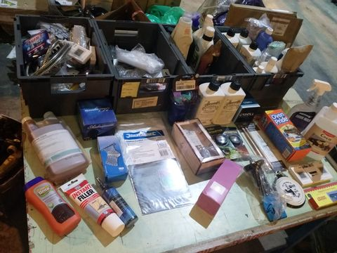 Lot 39 FOUR TRAYS OF ASSORTED ITEMS TO INCLUDE: INSTANT FILLER, OVEN PRIDE, MAGNETIC POSTER FRAMES, DRUMSTICK PENVIL, POLYTHENE DUST SHEET ETC