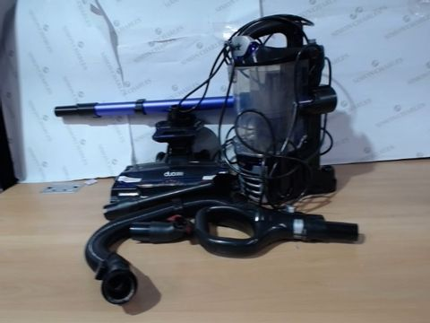 Lot 3071 SHARK NV700UK CORDED LIFTAWAY WITH DUO CLEAN