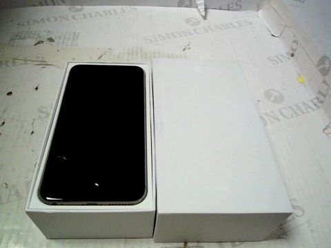 Lot 353 BOXED APPLE IPHONE 6 PLUS (A1524) SMARTPHONE - CAPACITY UNKNOWN