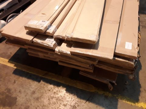 Lot 10627 PALLET OF APPROXIMATELY 27 ASSORTED BRAND NEW PLINTHS