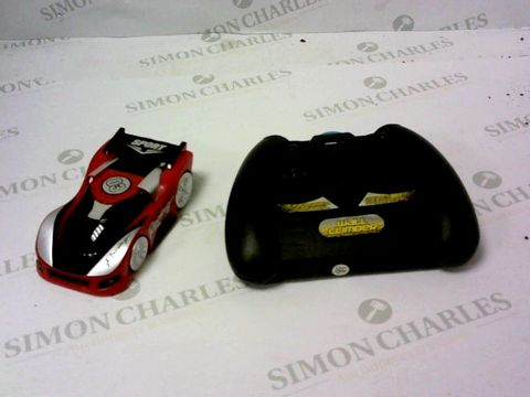Lot 5442 RED5 RC WALL CLIMB CAR RRP £24.99