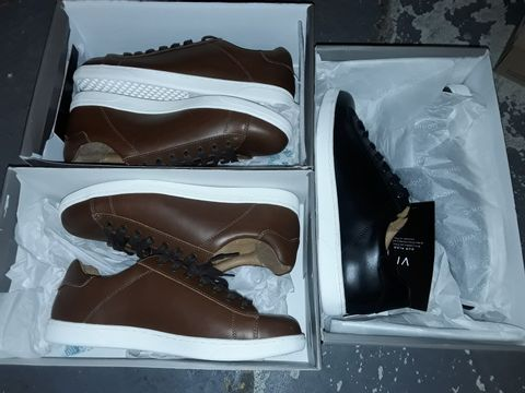Lot 8070 LOT OF 3 BOXED PAIRS OF VIONIC TRAINERS IN UK 9 & 10