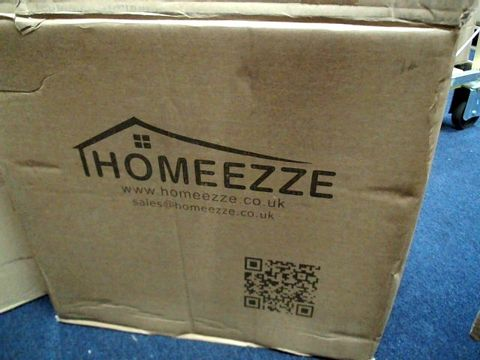 Lot 3358 HOMEEZZE OFFICE CHAIR