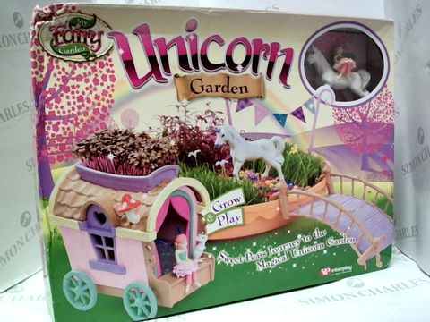 Lot 96 INTERPLAY MY FAIRY GARDEN  UNICORN GARDEN GROW AND PLAY   4+