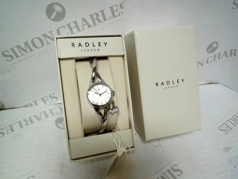 Lot 9034 RADLEY BAYER TWISTED VINTAGE STAINLESS STEEL HALF BANGLE LADIES WATCH RRP £150.00