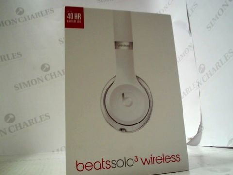 Lot 6266 BEATS SOLO 3 WIRELESS OVER EAR HEADPHONES