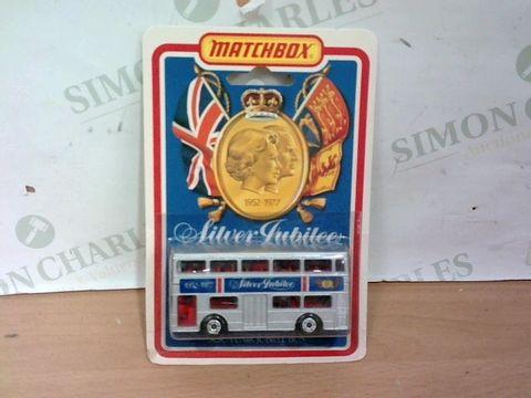 Lot 1010 EXCELLENT CONDITION MATCHBOX 1952-1977 SILVER JUBILEE BUS DIECAST