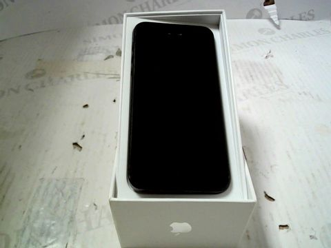 Lot 377 BOXED APPLE IPHONE 5 (A1429) SMARTPHONE - CAPACITY UNKNOWN