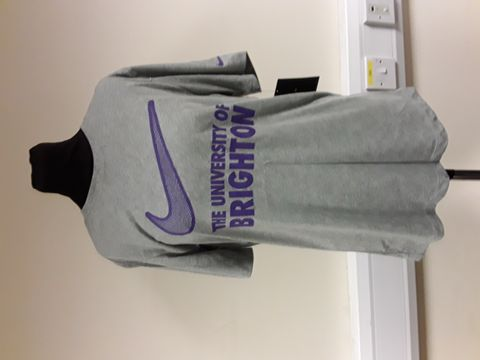 Lot 13044 LOT OF APPROXIMATELY 5 NIKE UNIVERSITY OF BRIGHTON SHIRTS/HOODIE ALL SIZE S