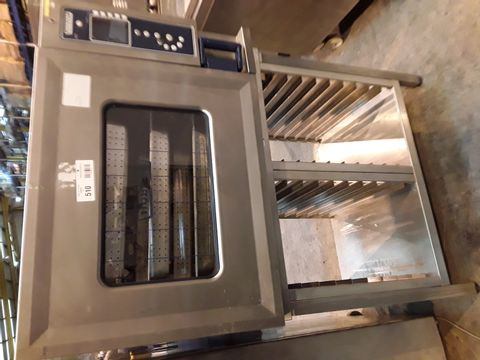 Lot 510 HOBART 6 TRAY COMMERCIAL COMBI OVEN CSDUC0612LAE-KK