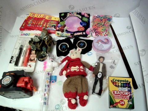 Lot 168 A SMALL BOX OF ASSORTED KIDS TOYS AND GAMES