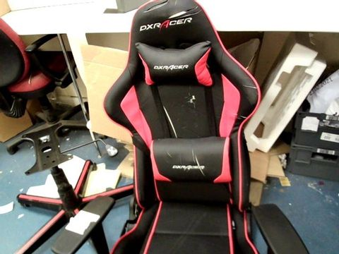 Lot 12459 DX RACER RED/BLACK SPORTS RACING OFFICE CHAIR