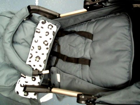 "Lot 5077 MY BABIIE MAWMA NICOLE ""SNOOKI"" POLIZZI MB51 LEOPARD STROLLER RRP £200.00"