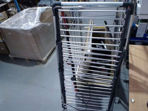 Lot 10504 BLACK AND DECKER HEATED CLOTHES AIRER