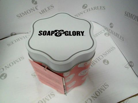 Lot 8105 SOAP&GLORY - SMOOTHING BODY BUTTER ,NON GREASY HAND CREAM, SHOWER GEL, BODY MOISTURISER AND FACE MASK