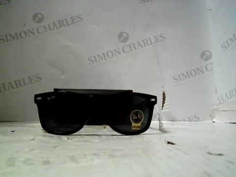 Lot 82 PAIR OF DESIGNER BLACK FRAMED SUNGLASSES