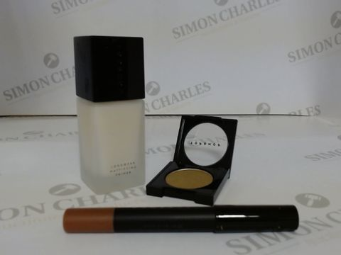 Lot 9469 BOX OF APPROXIMATELY 100 ASSORTED BRAND NEW MAKE UP ITEMS TO INCLUDE FEATHER LIP CRAYON, ALCHEMY EYESHADOW, VELOUR MATTIFYING PRIMER, ETC
