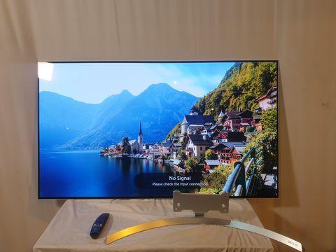 Lot 16 LG 55 INCH OLED55B7V-ES OLED 4K ULTRA HD PREMIUM SMART TV