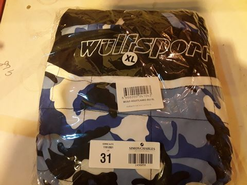 Lot 31 WULFSPORT BLUE/BLACK CLUB CAMO SUIT SIZE XL