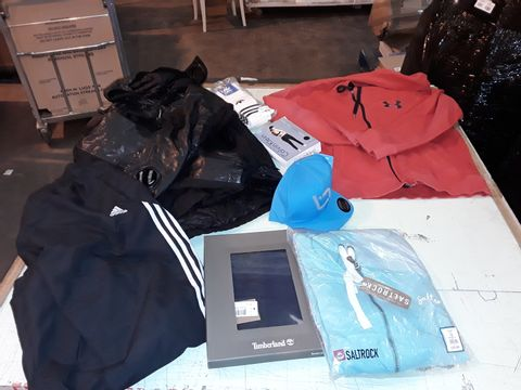 Lot 13528 CAGE OF ASSORTED DESIGNER ADULTS CLOTHING TO INCLUDE: ADIDAS TRACKSUIT BOTTOMS, C.P. COMPANY COAT, ADIDAS TSHIRT, TED BAKER HANDBAG, ZARA ETC