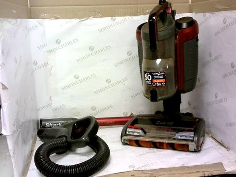 Lot 355 SHARK DUO CLEAN CORDLESS UPRIGHT HOOVER