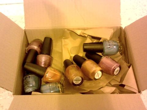 Lot 15506 LOT OF 9 OPI NAIL LACQUERS