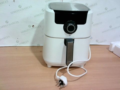Lot 4070 COOK'S ESSENTIAL AIR FRYER - WHITE