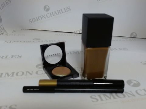 Lot 9471 BOX OF APPROXIMATELY 85 ASSORTED BRAND NEW MAKE UP ITEMS TO INCLUDE DING DONG EYE CRAYON, UMBER FOUNDATION, EVOLVE EYESHADOW, ETC