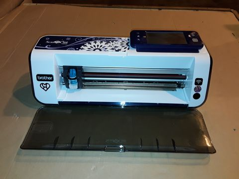 Lot 3017 UNBOXED BROTHER SCAN N CUT CM900 MACHINE