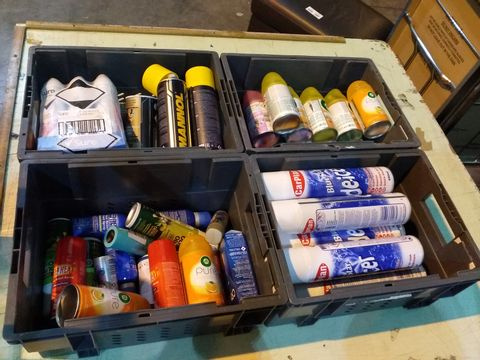 Lot 12 4 TRAYS OF ASSORTED AEROSOLS TO INCLUDE: DE-ICER, AIR WICK PURE, MANNOL, DEEP HEAT ETC