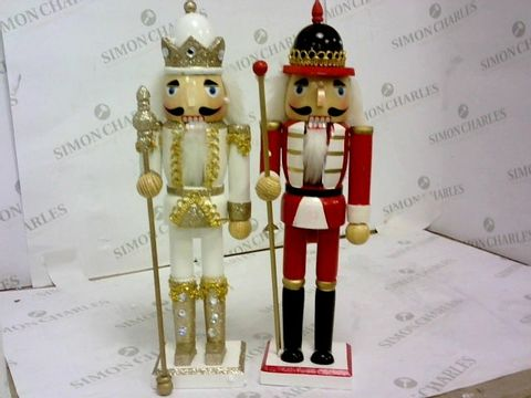 Lot 65 SET OF TWO XMAS FIGURES RRP £32.99