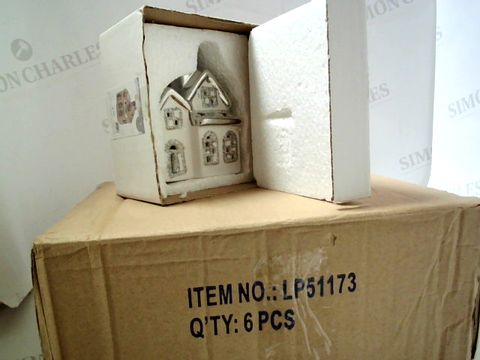 Lot 7530 BOX OF 6 LED CHRISTMAS HOUSES