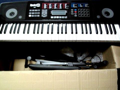 Lot 803 ROCKJAM RJ761-SK KEY ELECTRONIC INTERACTIVE TEACHING PIANO KEYBOARD