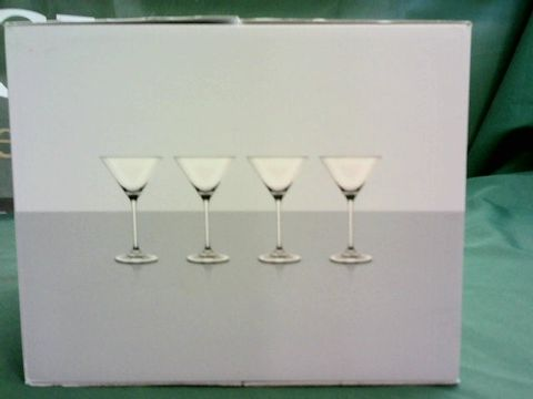 Lot 1084 M&S MAXIM SET OF 4 CRYSTAL MARTINI GLASSES