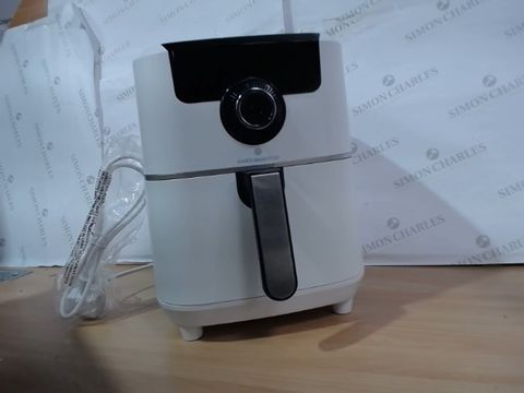 Lot 3162 COOK'S ESSENTIAL AIR FRYER - WHITE