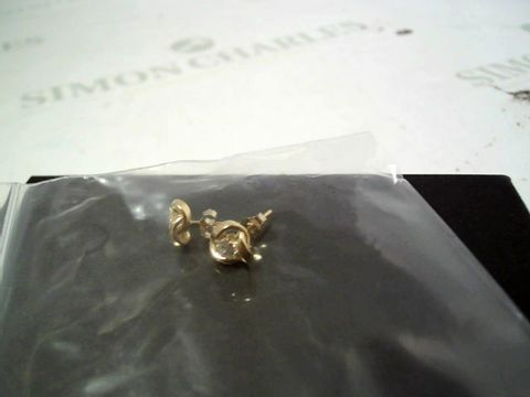 Lot 4152 9CT GOLD 6.5MM THREE-WAY KNOT STUDS WITH 3MM CUBIC ZIRCONI RRP £50.00